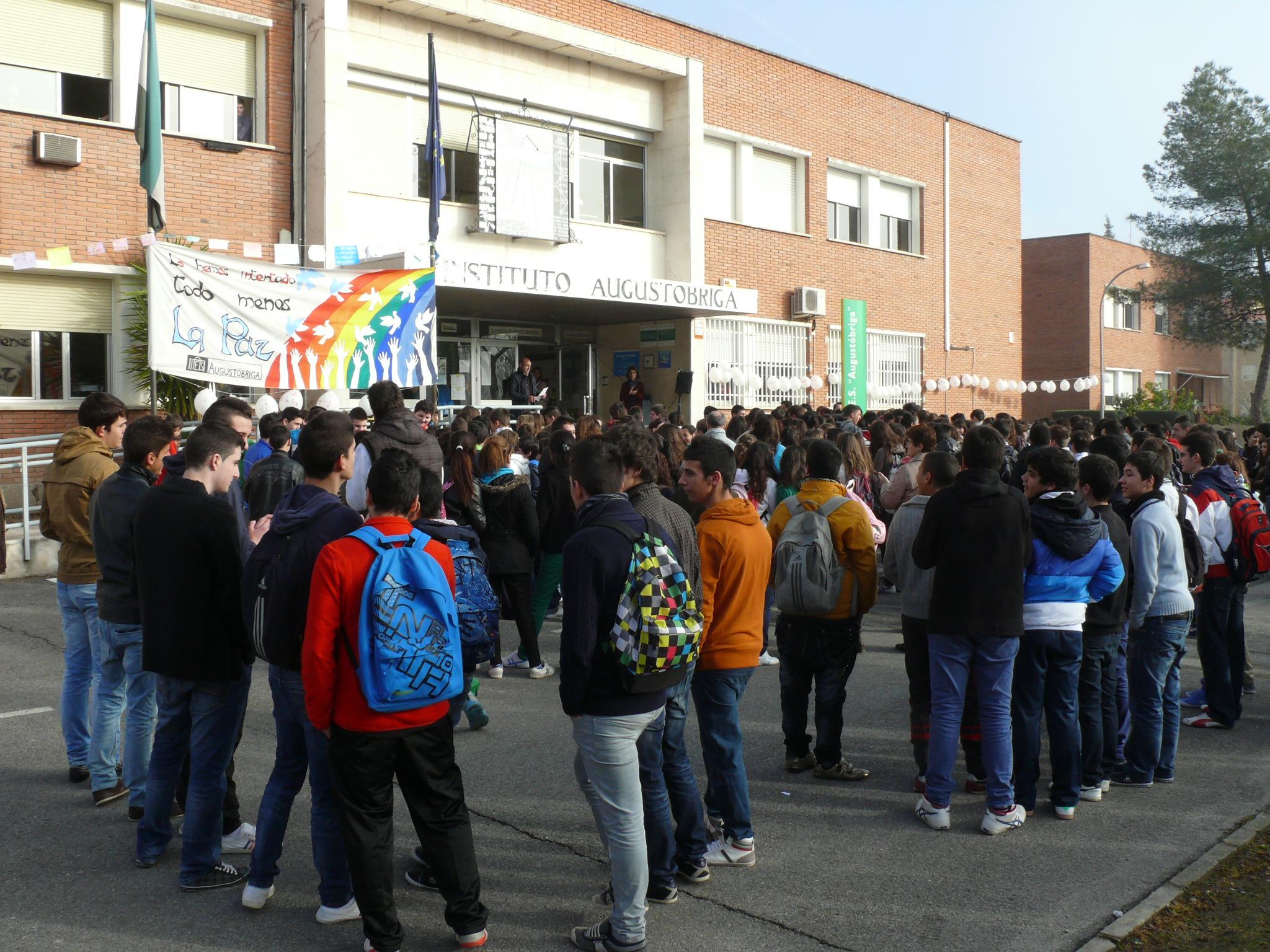 El claustro de profesores del IES Augustóbriga rechaza la 'ESO de los 1.000 euros'