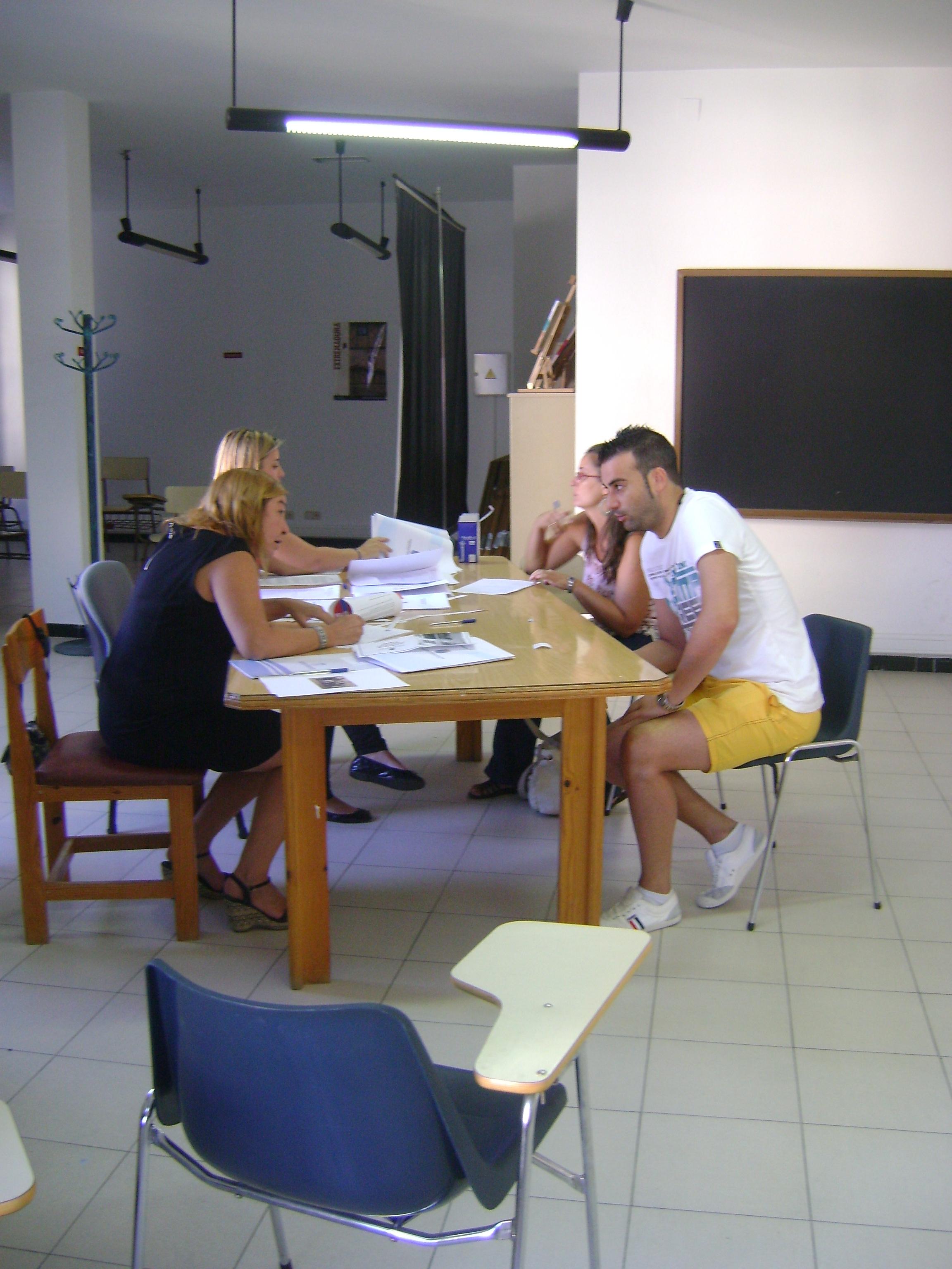 La Universidad Popular refuerza la oferta de formación y el empleo