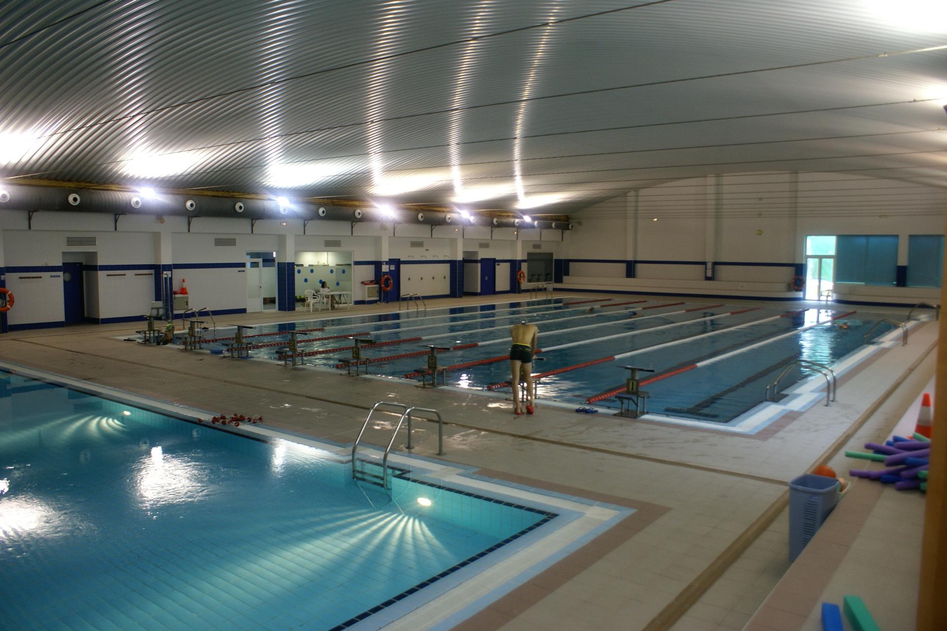 el club nataci n piscis pide al ayuntamiento que les trate