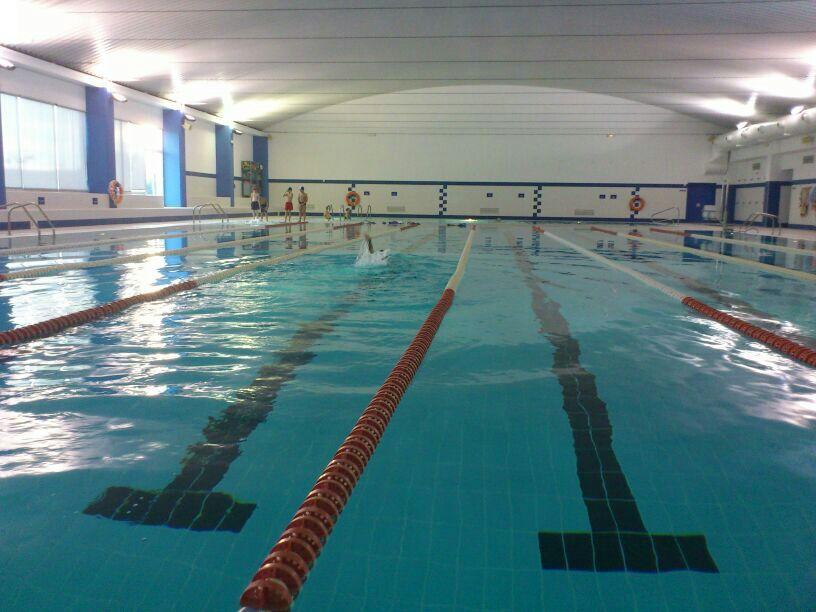 La piscina climatizada abre sus puertas tras a o y medio for Precio piscina climatizada
